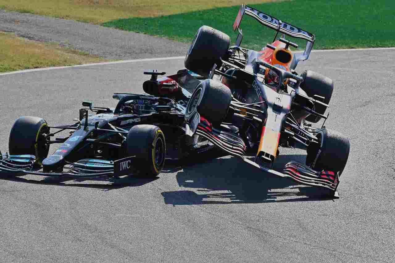 Verstappen-Hamilton